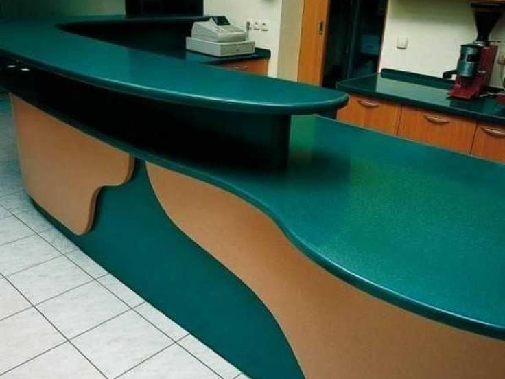 Столешница из искусственного камня для офиса. Мебель под заказ.